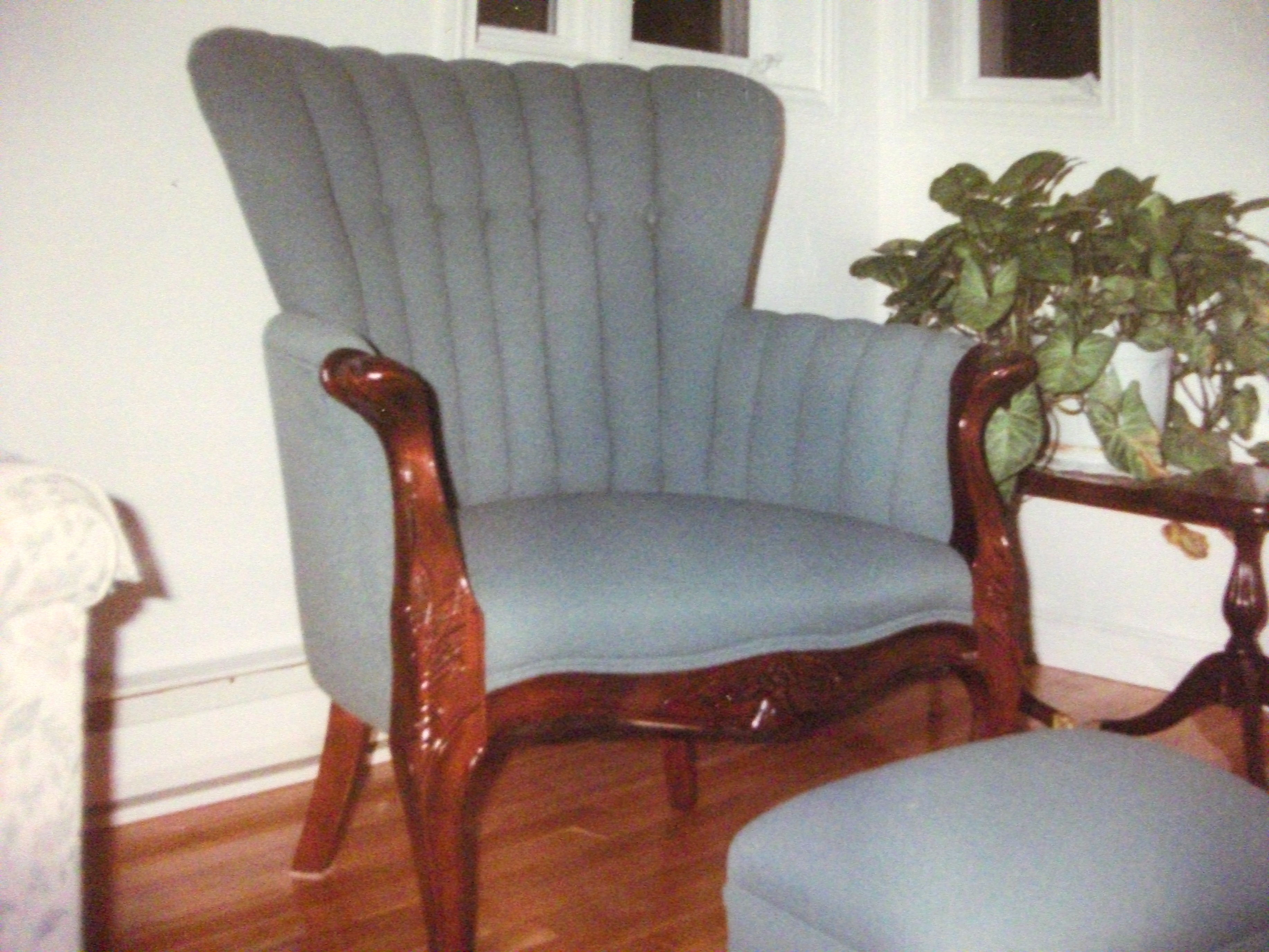 Rembourreur marc gillis rembourrage de meubles antiques for Ameublement rive sud